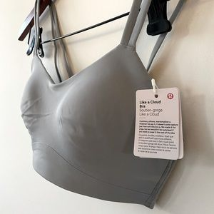 Grey Lululemon sports bra